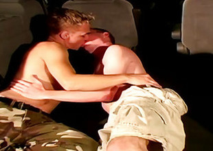 Hot Men Coudn't Resist The Temptation And Fuck On A Pick-Up Trunk