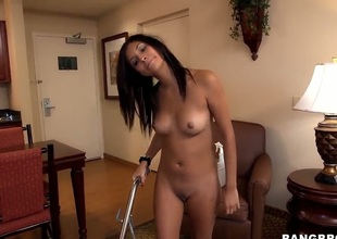 Biggest ass amateur is getting screwed