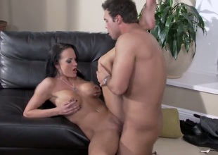 Alektra Blue can't live without giving mouthjob