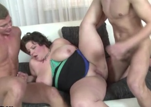 Fit young guys fuck a fat bitch hardcore