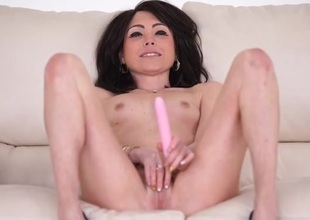 Skinny shaved chick talks dirty and fucks her toy