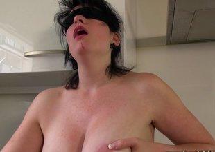 Blindfolded mature slut sucks and copulates her spouse